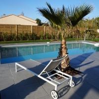 Nieuwe villa met verwarmd zwembad in St Genies